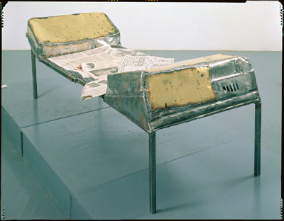 Couch (Liege), 1989, courtesy of Zwirner & Wirth, New York, © Franz West