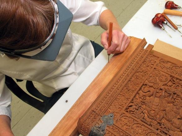sandalwood carving