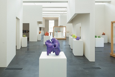 Installation view, Ken Price Sculpture: A Retrospective, September 16, 2012–January 6, 2013, Los Angeles County Museum of Art, © 2012 Ken Price, photo © 2012 Fredrik Nilsen
