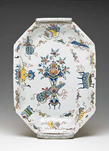 Tray with Handles (Banette), Rouen, France, mid-18th c., grand feau faïence, The Huntington Art Collections, gift of MaryLou Boone, photo © 2012 Susan Einstein