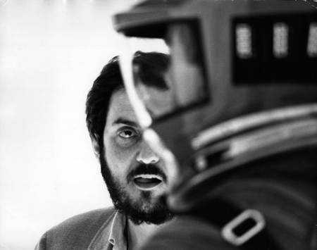 2001: A Space Odyssey, directed by Stanley Kubrick (1965-68; GB/United States). Stanley Kubrick on set during the filming. © Warner Bros. Entertainment Inc.
