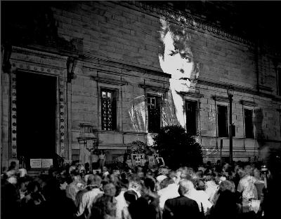 Frank Herrera, photograph of The Perfect Moment protest, June 30, 1989, Corcoran Gallery of Art, Washington, D.C. © Frank Herrera