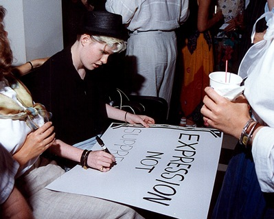 Fundraiser event at the Collector Art Gallery and Restaurant, June 30, 1989.  © Bill Wooby