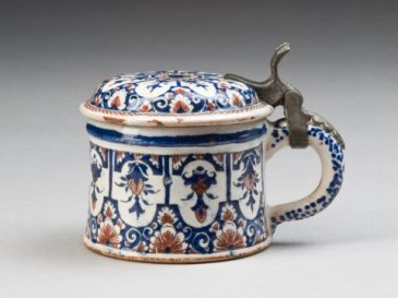 Mustard Pot (Moutardier), Olerys-Laugier Manufactory, Moustiers, France, 1745-1749, Decoration painted by Jean-François Pelloquin,  The MaryLou Boone Collection