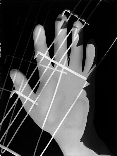 László Moholy-Nagy, Untitled, c. 1925, Gelatin silver print, Ralph M. Parsons Fund © 2013 Artists Rights Society (ARS), New York/VG Bild-Kunst, Bonn, photo © 2013 Museum Associates/LACMA