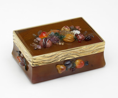 image caption: Snuffbox with Clusters of Fruit, Germany, c. 1760, long-term loan from The Rosalinde and Arthur Gilbert Collection on loan to the Victoria and Albert Museum, London