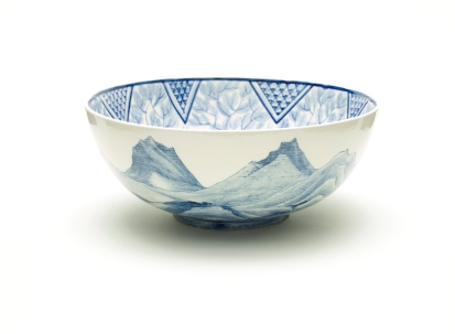 Alfred Powell, Bowl, c. 1910, manufactured by Josiah Wedgwood & Sons,purchased with funds provided by the 2014 Decorative Arts and Design Acquisition Committee (DA2) and Decorative Arts and Design Council